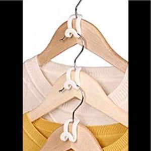 Joy Mangano Huggable Hangers Cascading hooks